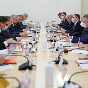 Алексей Текслер выступил с инициативами на заседании Совета глав субъектов России при МИДе РФ